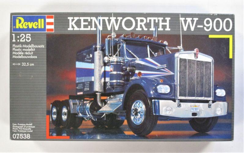 REVELL 1/25 07538 KENWORTH W-900