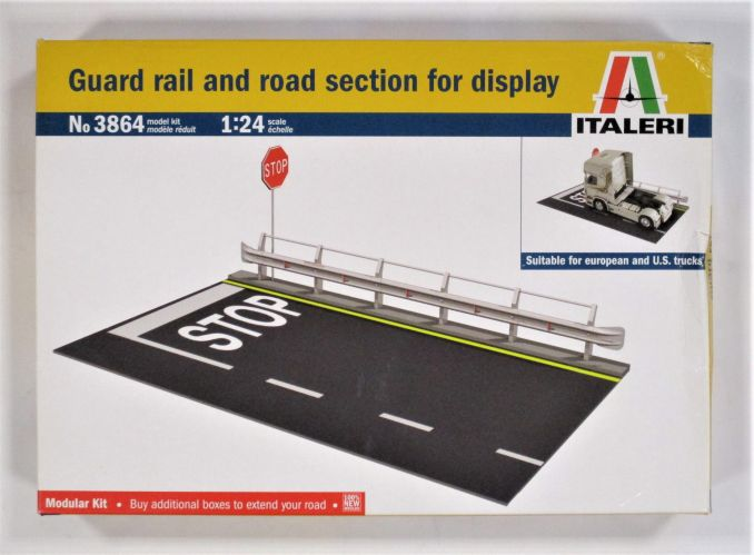 ITALERI 1/24 3864 GUARD RAIL AND ROAD SECTION