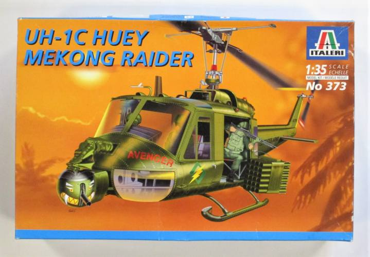 ITALERI 1/35 373 UH-1C HUEY MEKONG RAIDER