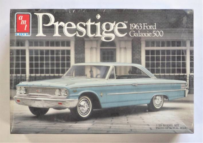 AMT 1/25 6501 PRESTIGE 1963 FORD GALAXIE 500