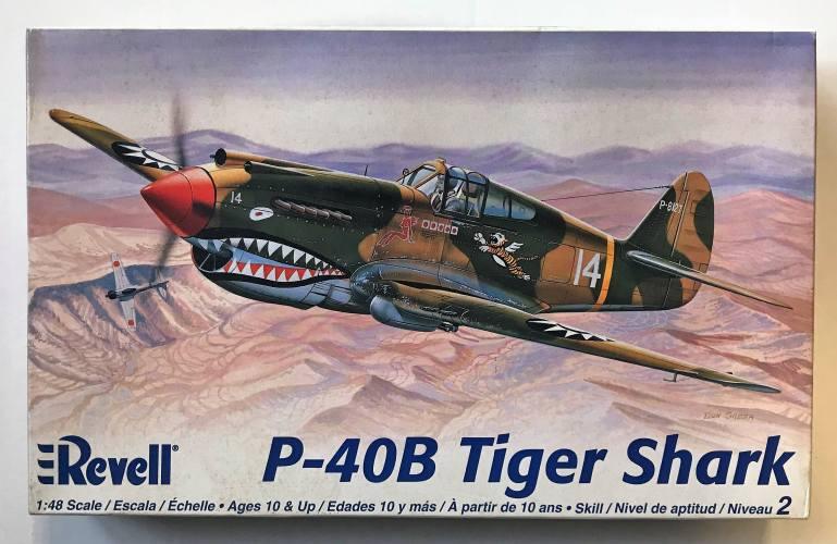 REVELL 1/48 5209 P-40B TIGER SHARK