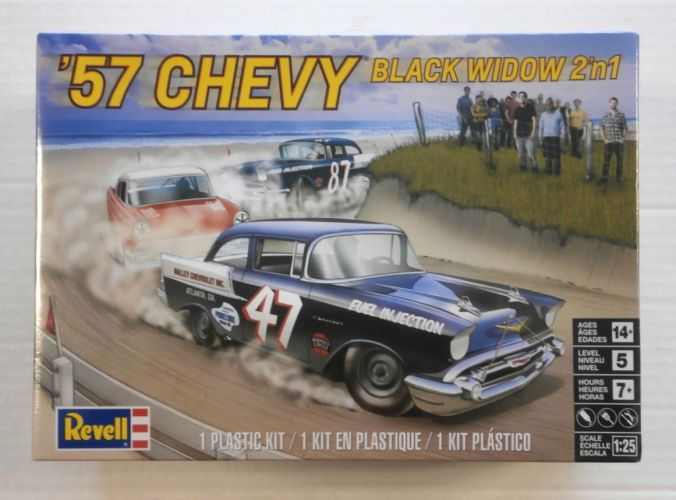 REVELL 1/25 4441 57 CHEVY BLACK WIDOW 2N1