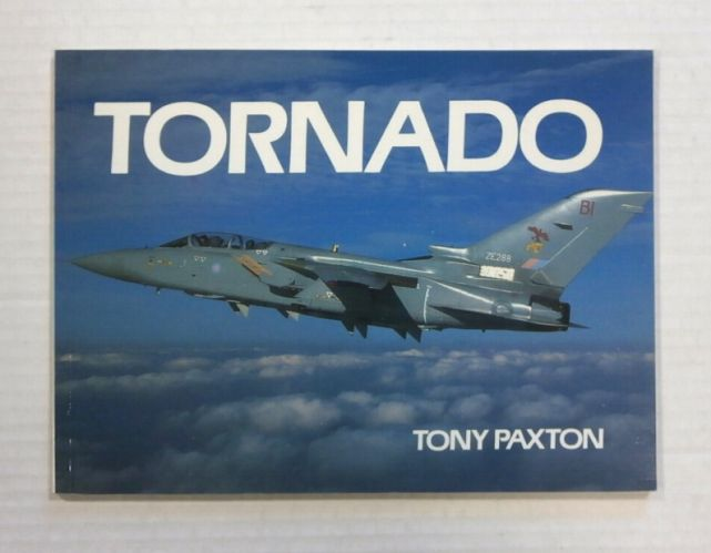 CHEAP BOOKS  ZB1229 TORNADO - TONY PAXTON