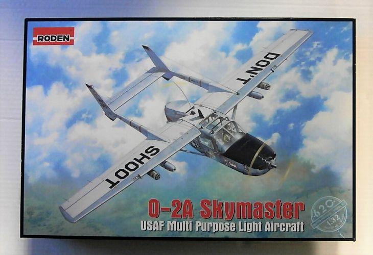 RODEN 1/32 620 USAF O-2A SKYMASTER