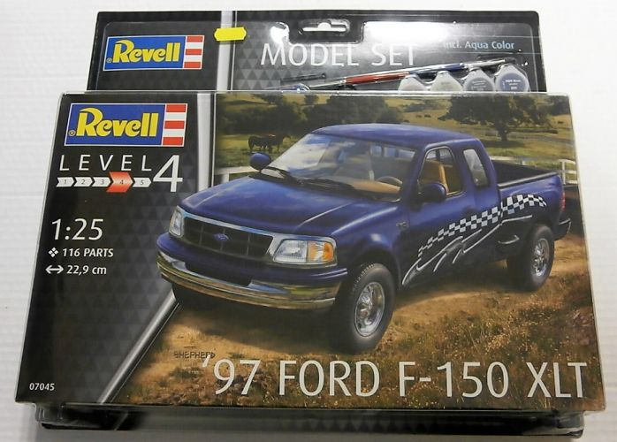 REVELL 1/25 67045 1997 FORD F-150 XLT  MODEL SET
