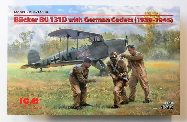 ICM 1/32 32034 BUCKER BU-131D WITH GERMAN CADETS  1939-1945