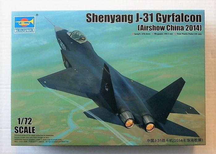 TRUMPETER 1/72 01666 SHENYANG J-31 GYRFALCON AIRSHOW CHINA 2014