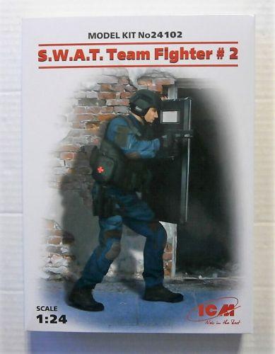 ICM 1/24 24102 SWAT TEAM FIGHTER 2