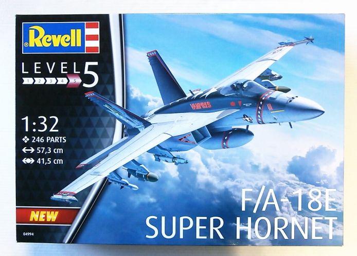REVELL 1/32 04994 F/A-18E SUPER HORNET  UK SALE ONLY