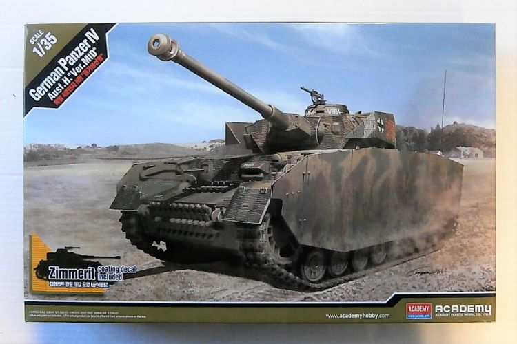ACADEMY 1/35 13516 GERMAN PzKpfw IV Ausf H Mid