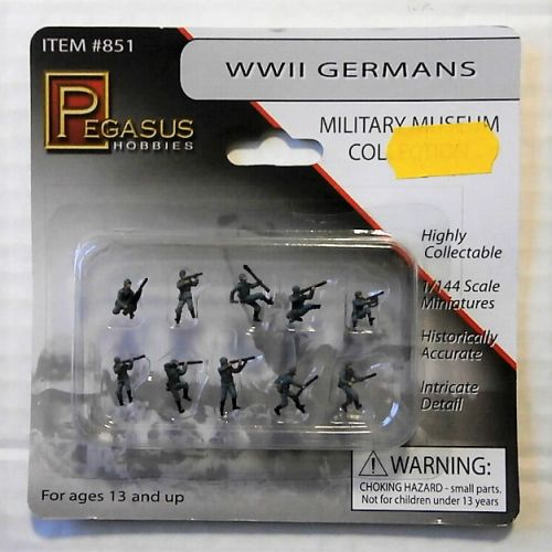 PEGASUS 1/144 851 WWII GERMANS