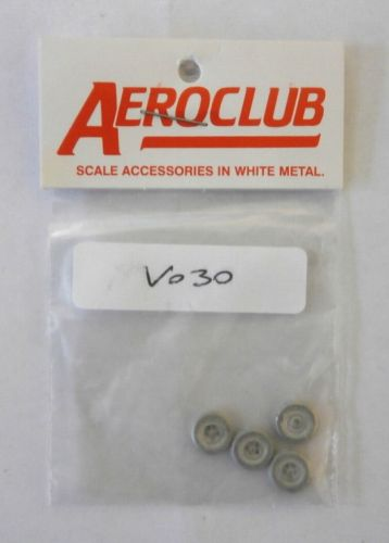 AEROCLUB 1/72 V030 SPITFIRE 5 SLOT DUNLOP BALLOON 9MM WHEELS x 4