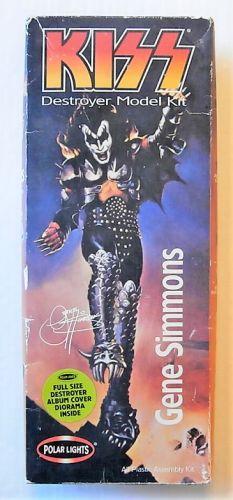 POLAR LIGHTS 1/10 5054 GENE SIMMONS - KISS DESTROYER MODEL