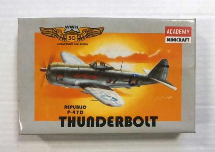 MINICRAFT 1/144 4413 REPUBLIC P-47D THUNDERBOLT WWII 50 ANNIVERSARY COLLECTION