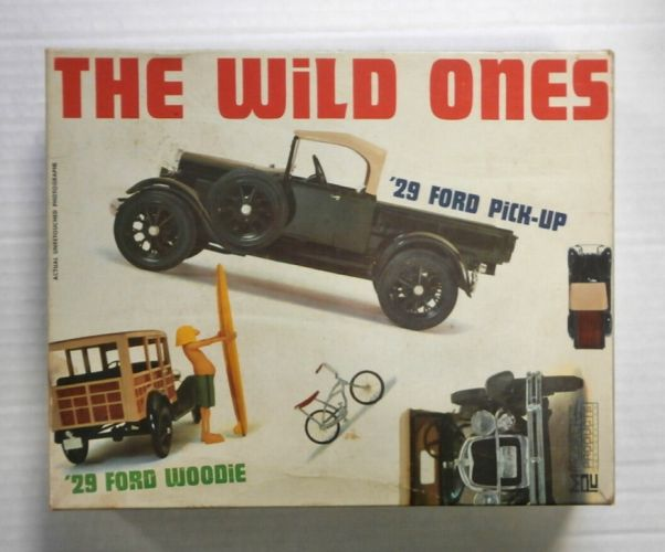 MPC 1/25 300149 THE WILD ONES 29 FORD WOODIE