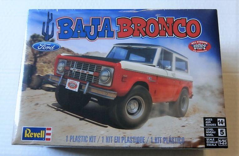 REVELL 1/25 4436 FORD BAJA BRONCO