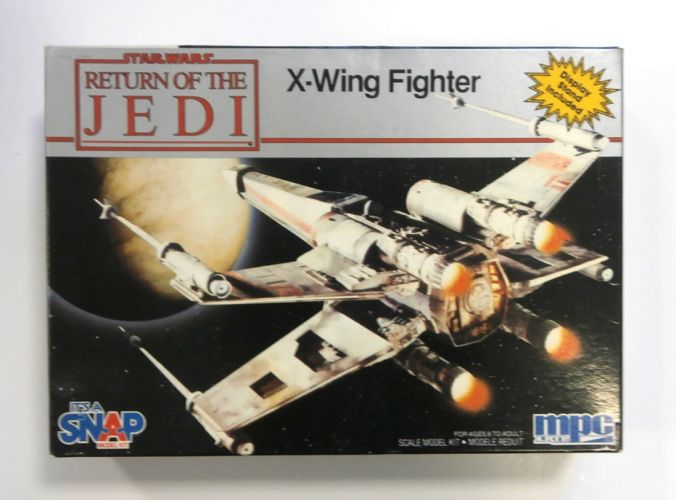 MPC  8932 STAR WARS RETURN OF THE JEDI X-WING FIGHTER