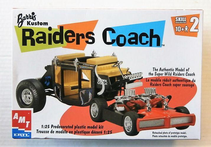 AMT 1/25 30261 RAIDERS COACH