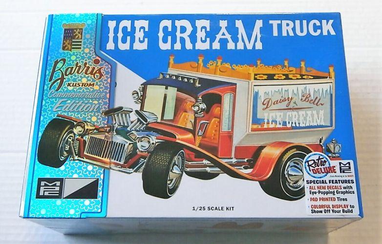 MPC 1/25 857 ICE CREAM TRUCK