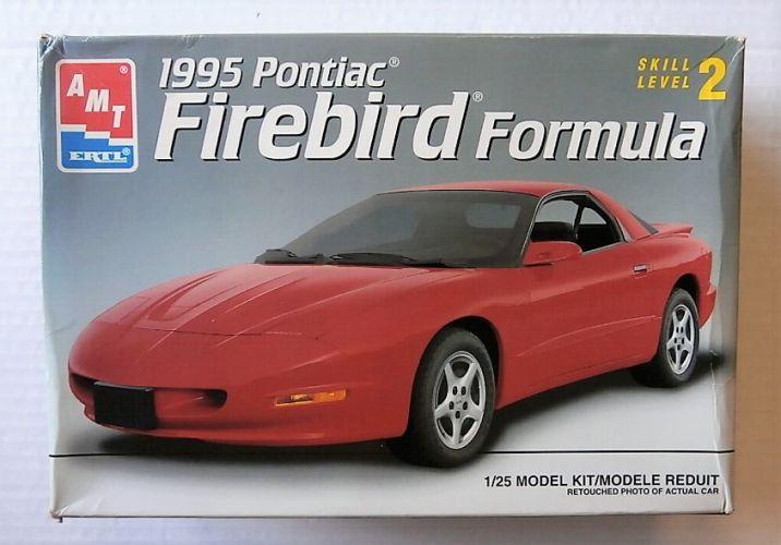 AMT 1/25 6562 1995 PONTIAC FIREBIRD FORMULA