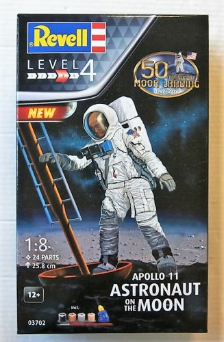REVELL 1/8 03702 APOLLO 11 ASTRONAUT ON THE MOON 50TH ANNIVERSARY OF THE MOON LANDING