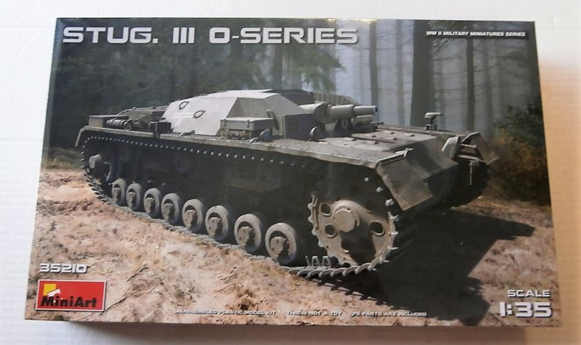 MINIART 1/35 35210 STUG III O-SERIES