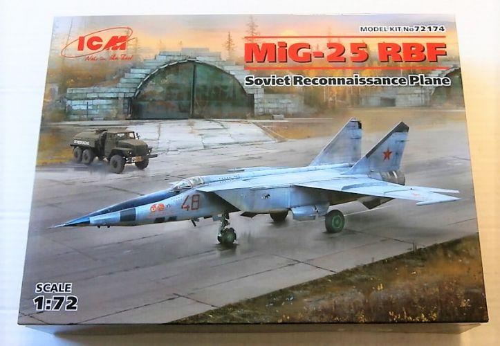ICM 1/72 72174 MIG-25 RBF