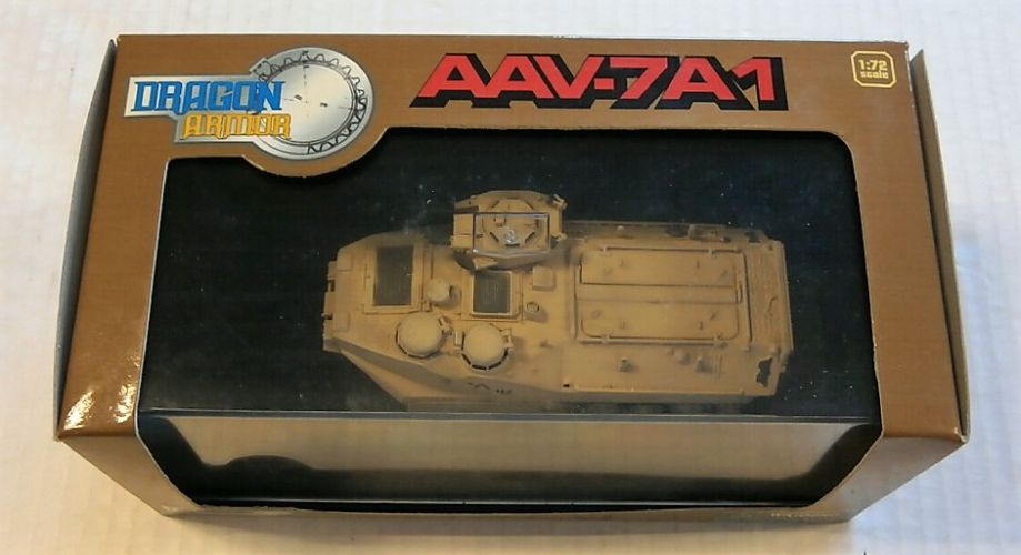 DRAGON 1/72 60057 AAV-7A1 OPERATION RESTORE HOPE SOMALIA 1993