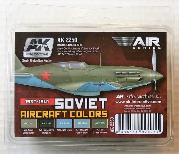 AK INTERACTIVE  AK2250 SOVIET AIRCRAFT COLOURS 1937-1941