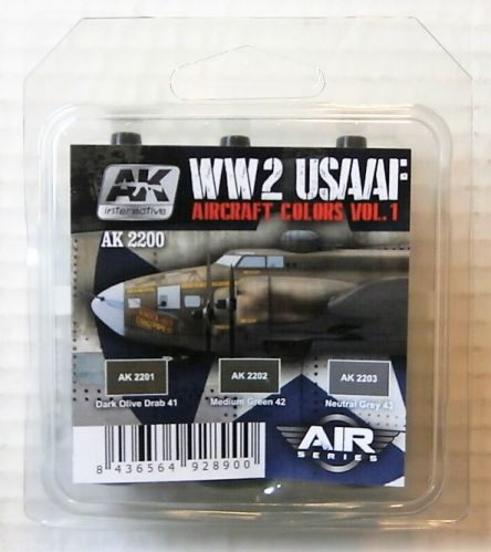 AK INTERACTIVE  AK2200 WW2 USAAF AIRCRAFT COLOURS VOL 1