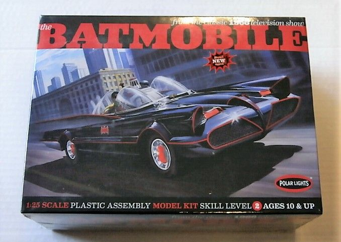 POLAR LIGHTS 1/25 837 THE CLASSIC 1966 BATMOBILE