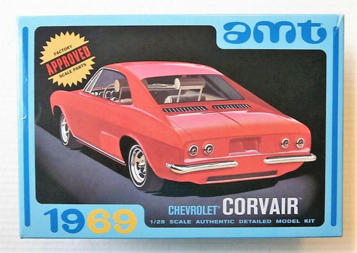 AMT 1/25 894 1969 CHEVROLET CORVAIR