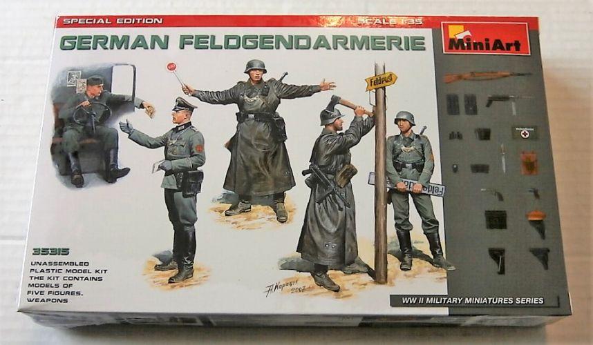 MINIART 1/35 35315 GERMAN FELDGENDARMERIE