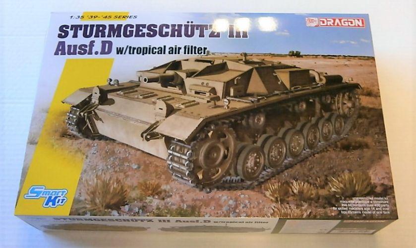 DRAGON 1/35 6905 STURMGESCHUTZ III Ausf.D WITH TROPICAL AIR FILTER