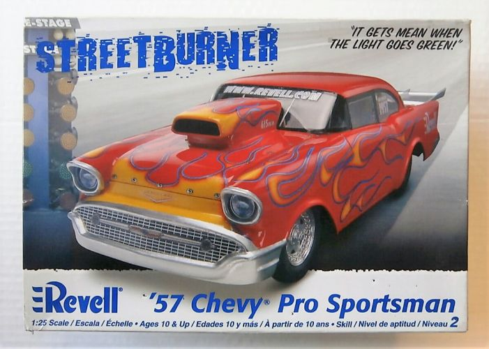 REVELL 1/25 2086 57 CHEVY PRO SPORTSMAN