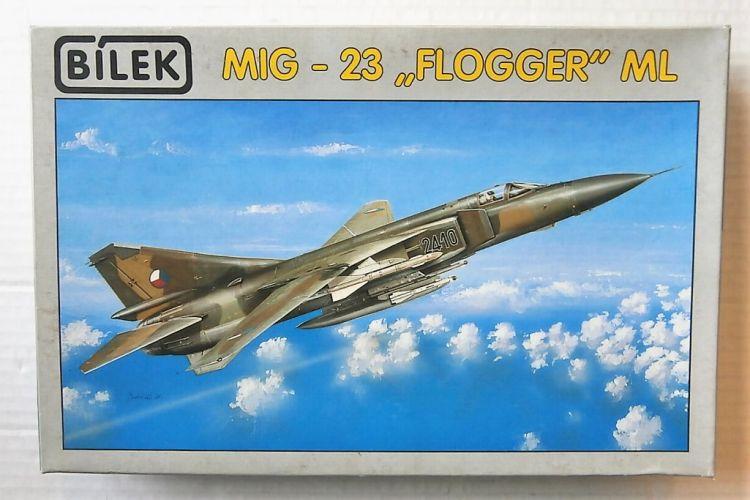 BILEK 1/72 801 MIG-23 FLOGGER ML