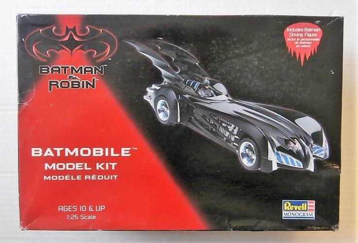 REVELL 1/25 6724 BATMAN   ROBIN BATMOBILE