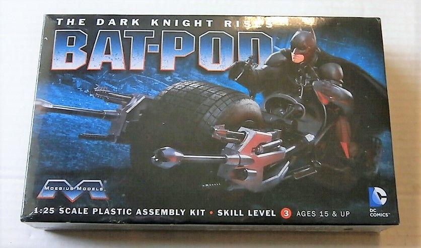 MOEBIUS 1/25 920 BATMAN THE DARK KNIGHT RISES BAT-POD