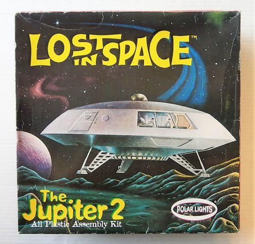 POLAR LIGHTS  5033 LOST IN SPACE THE JUPITER 2