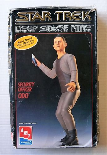 AMT/ERTL  8761 STAR TREK DEEP SPACE NINE SECURITY OFFICER ODO