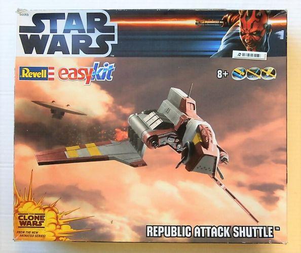 REVELL  06683 STAR WARS REPUBLIC ATTACK SHUTTLE
