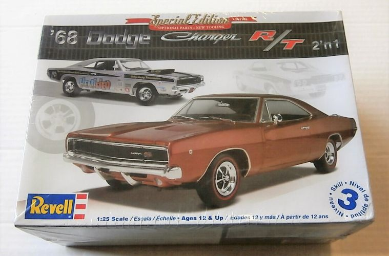 REVELL 1/25 4202 68 DODGE CHARGER R/T