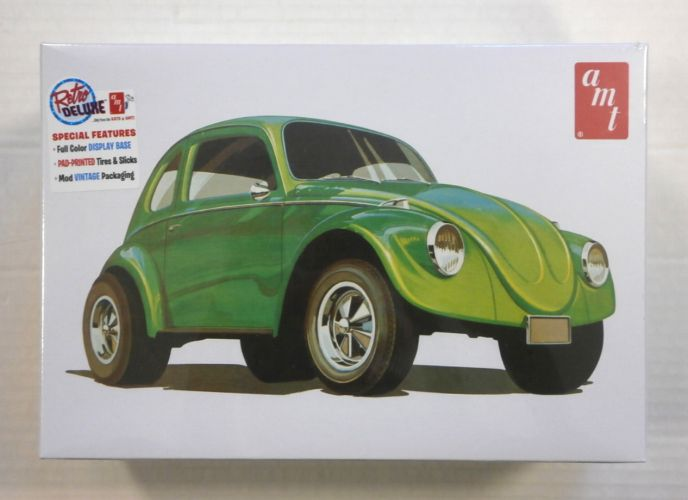AMT 1/25 1044 SUPERBUG GASSER WITH FULL COLOUR DISPLAY STAND