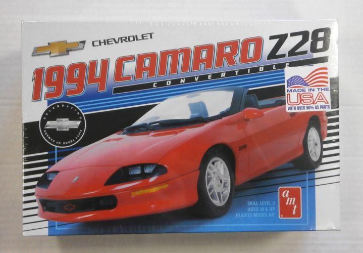 AMT 1/20 1030 1994 CAMARO Z28 CONVERTIBLE