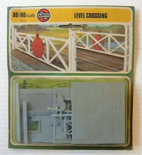 AIRFIX AIRFIX HO/OO TRACKSIDE  01615 LEVEL CROSSING