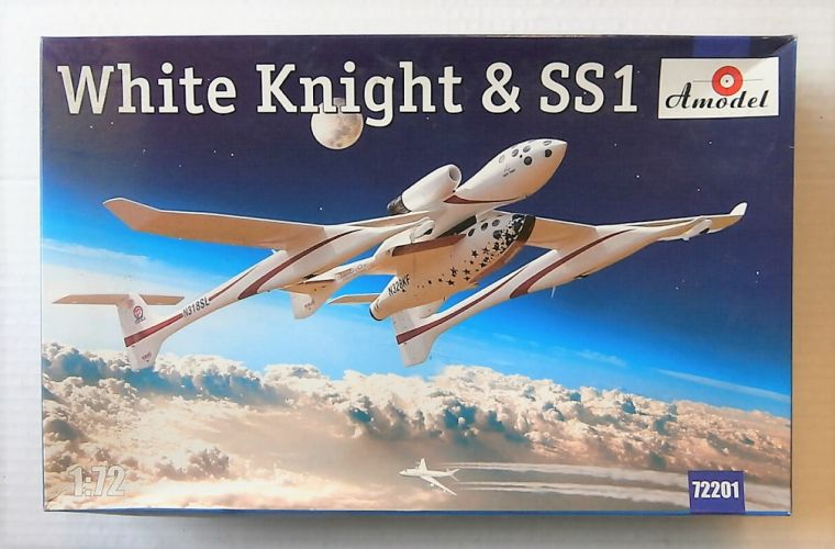A MODEL 1/72 72201 WHITE KNIGHT   SPACE SHIP ONE