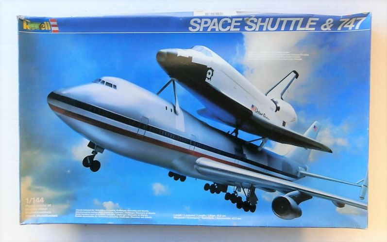 REVELL 1/144 4735 SPACE SHUTTLE AND BOEING 747