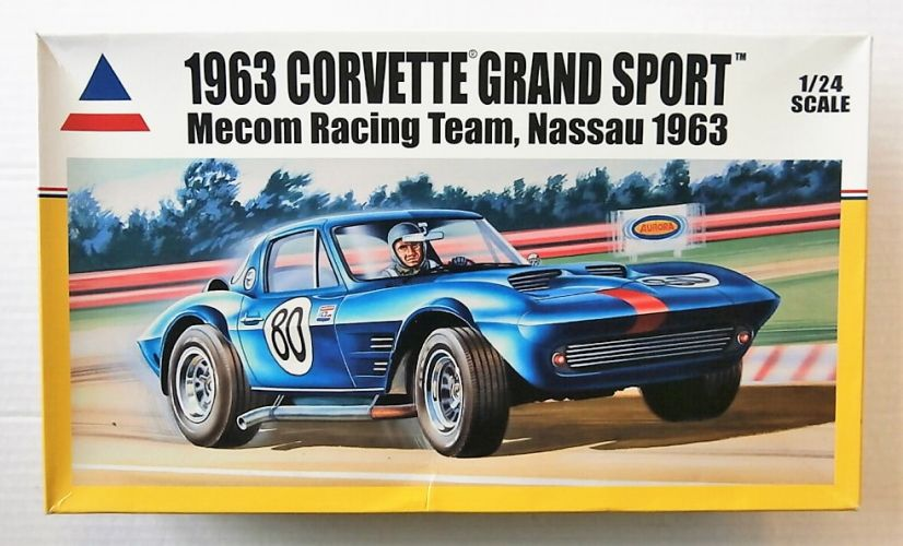 ACCURATE MINIATURES 1/24 240001 1963 CORVETTE GRAND SPORT MECOM RACING TEAM NASSAU 1963