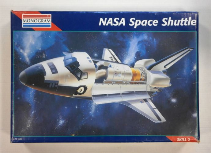 MONOGRAM 1/72 5904 NASA SPACE SHUTTLE