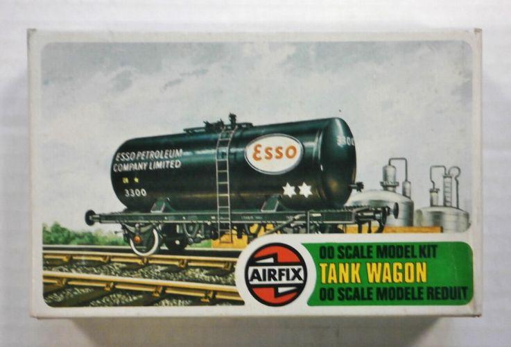 AIRFIX OO 02656 ESSO TANK WAGON